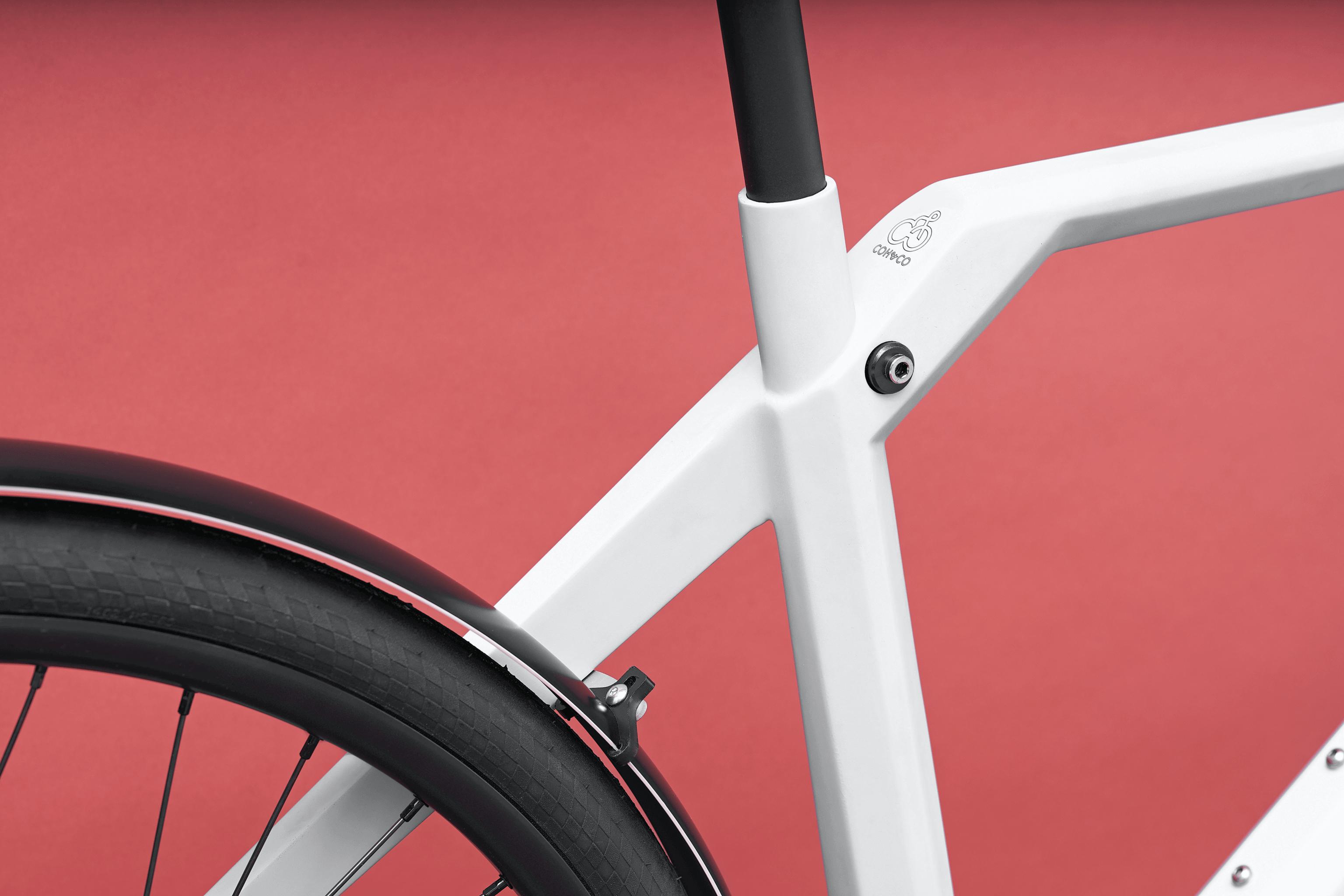 """Design E Bike Coh&Co ERIK Urban Electric 57"""" L Kette Weiss"""